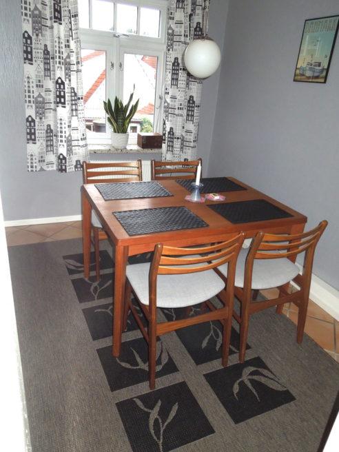 Nye møbler i spiseværelset